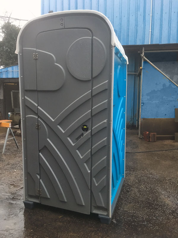 Wycombe Toilet Hire Mains Unit exterior